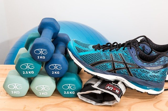 Read more about the article How to turn your simple dumbbell exercises to explosive training
