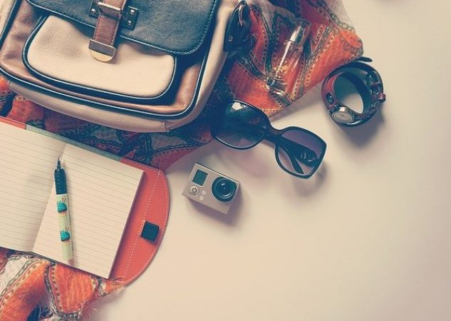 TOP TRAVEL ACCESSORIES TO CONSIDER AS YOU START TRAVELLING POST COVID ERA