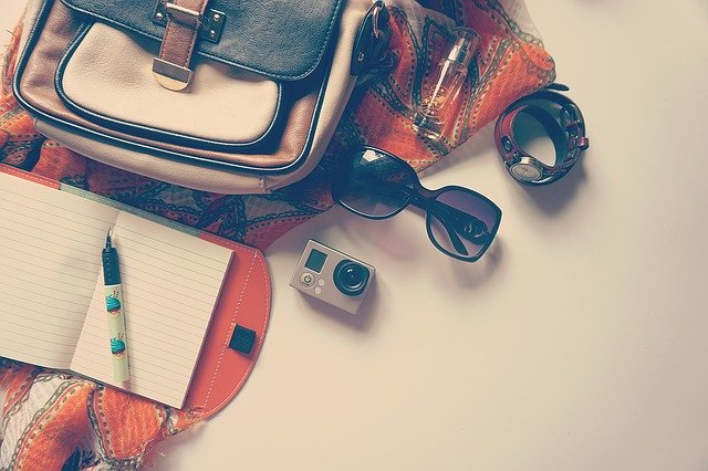 Read more about the article TOP TRAVEL ACCESSORIES TO CONSIDER AS YOU START TRAVELLING POST COVID ERA