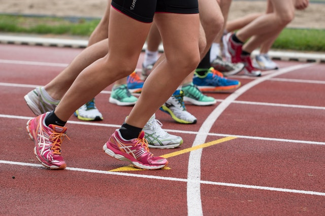 Read more about the article Top running shoe options if you are suffering from persistent Knee Pain
